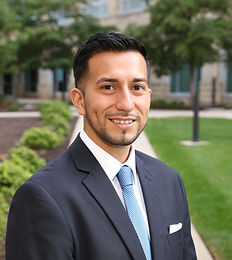 University of St. Thomas MBA student Ivan Alvarado selected for Spring 2018 Scholarship