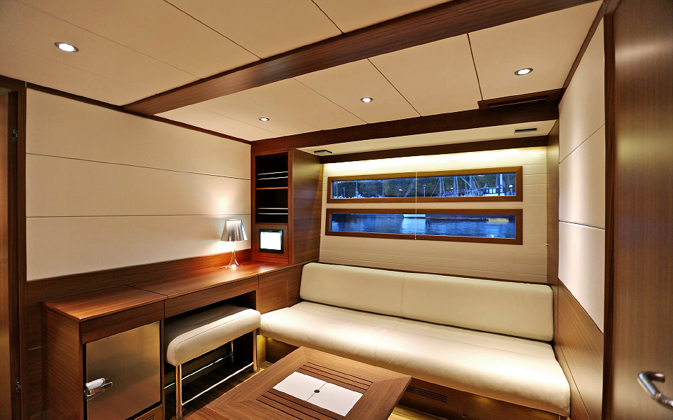 Delta-80-Owners-Starboard