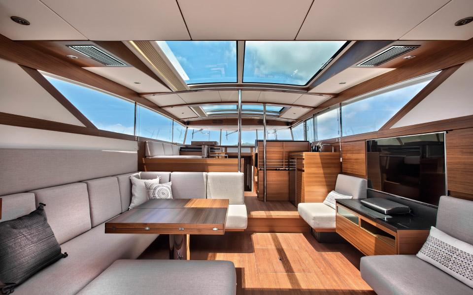 54-upper-deck-entertainment-version2
