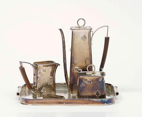 Kaffeekanne eines Kaffeeservices Um 1930