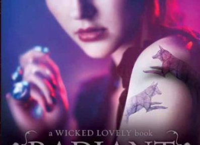 Radiant Shadows (Wicked Lovely Book 4)