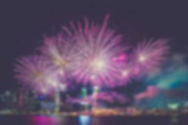 fireworks-945386_1920.jpg