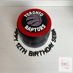 Toronto Raptors cake! 🏀 Strawberry shor