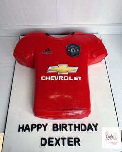 Manchester United jersey! ⚽️ Carrot cake