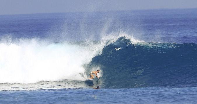 SURF BW2.jpg