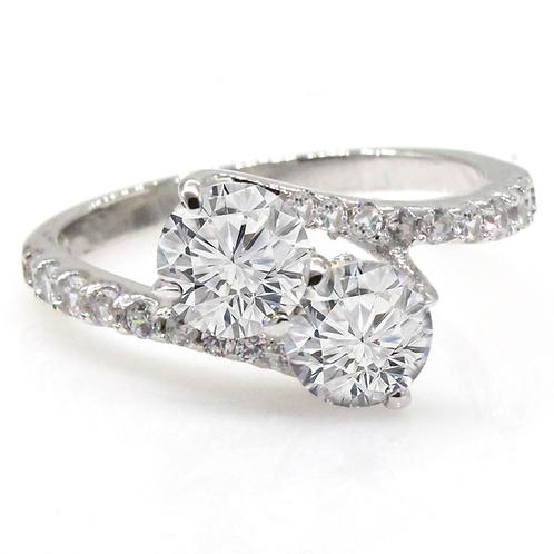 1 carat Round Brilliant Cut Moissanite Toi Et Moi Engagement Ring