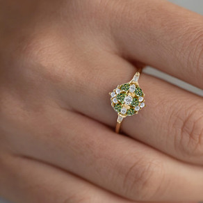 What is a Promise Ring and how is it different from an Engagement Ring?