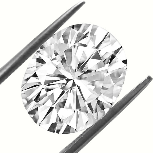 Lose Oval Shaped Diamond Colorless