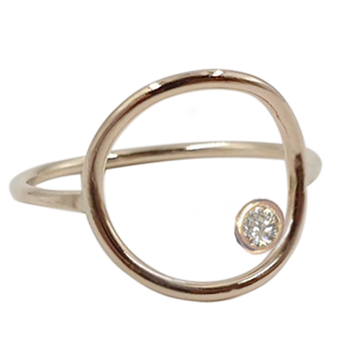 Cygni Engravable Open Circle Moissanite Ring