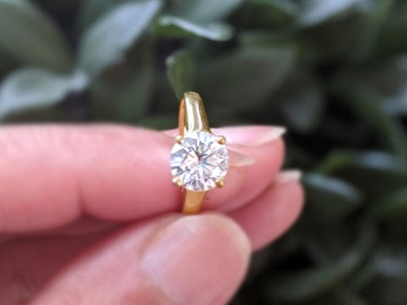 Still looking for a perfect Engagement Ring? Reasons Why Moissanite is a Better Choice.
