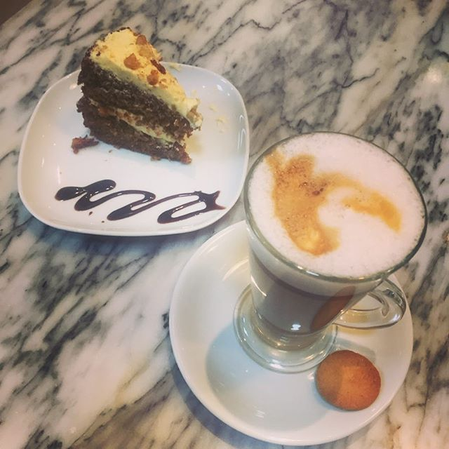Afternoon treat only £2,95 😋 homemade cake 🍰 and a latte ☕️