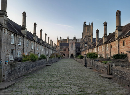 DANCE ON LOCATION 018: Vicar's Close, Wells, North Somerset, UK