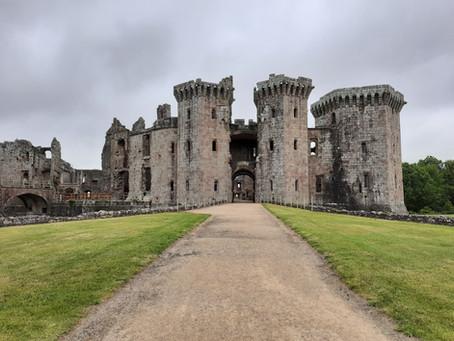 DANCE ON LOCATION 006: Raglan Castle, Wales, UK
