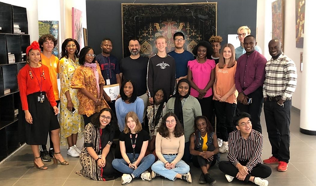 HS Art Visits The Moeshan Gallery