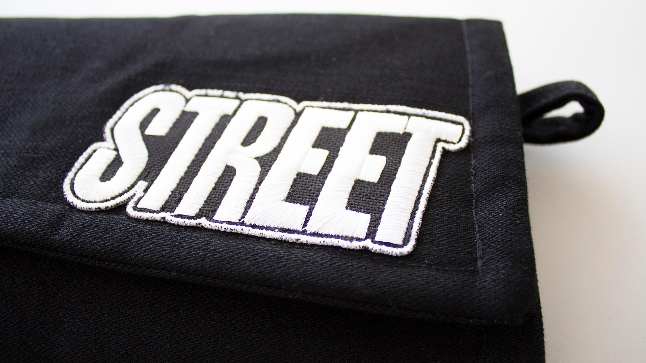 STREET clutchbag BADGE