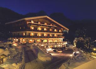 hotel Chamois d'or_nuit hd.jpeg