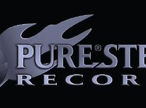 Niviane signs with Pure Steel Records