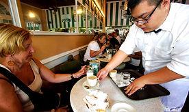 Kaffee und Beignets im Cafe Dumont