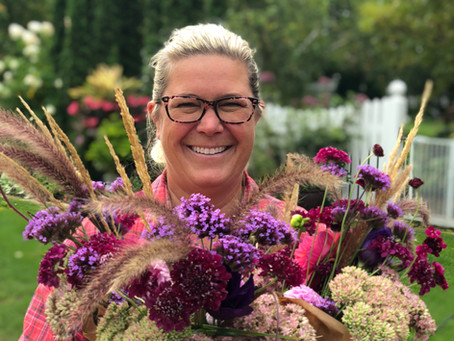 BIG NEWS! We will be selling our locally grown flower bouquets at Kowalski's Markets in 2020!