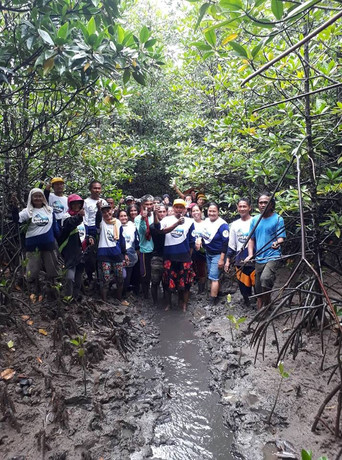 Mangrove Tree Planting 19.jpg