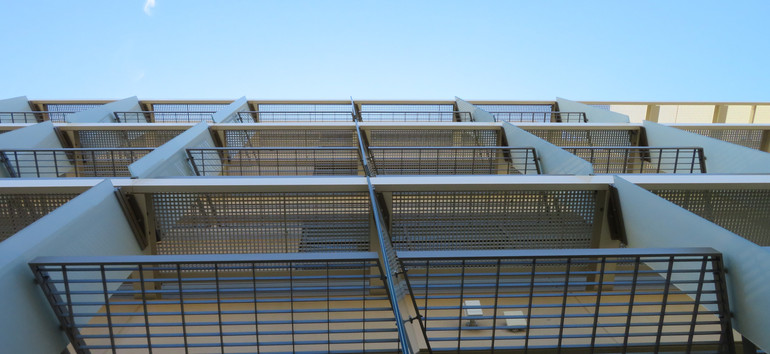 Glass fins with Horizontal Louvers