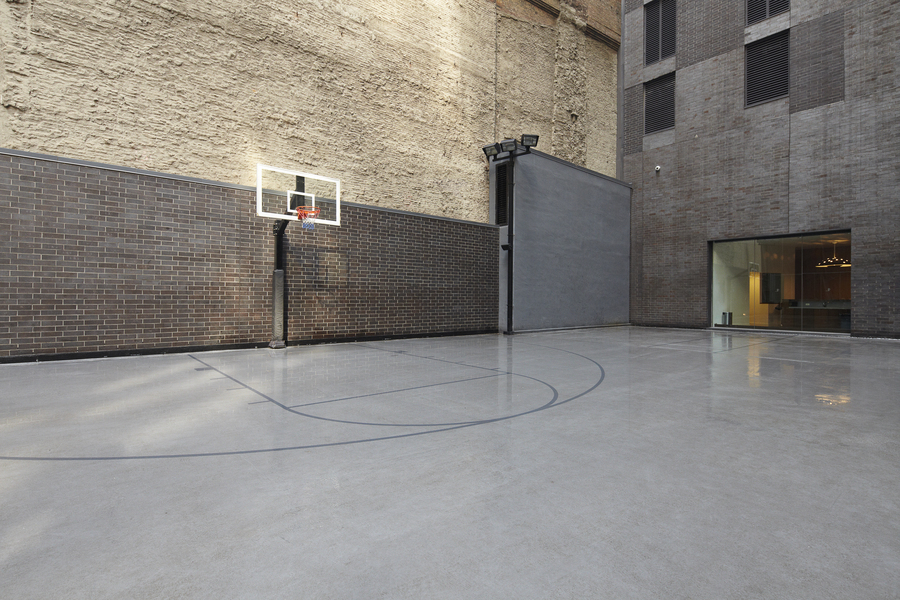 15 William Basketball Court