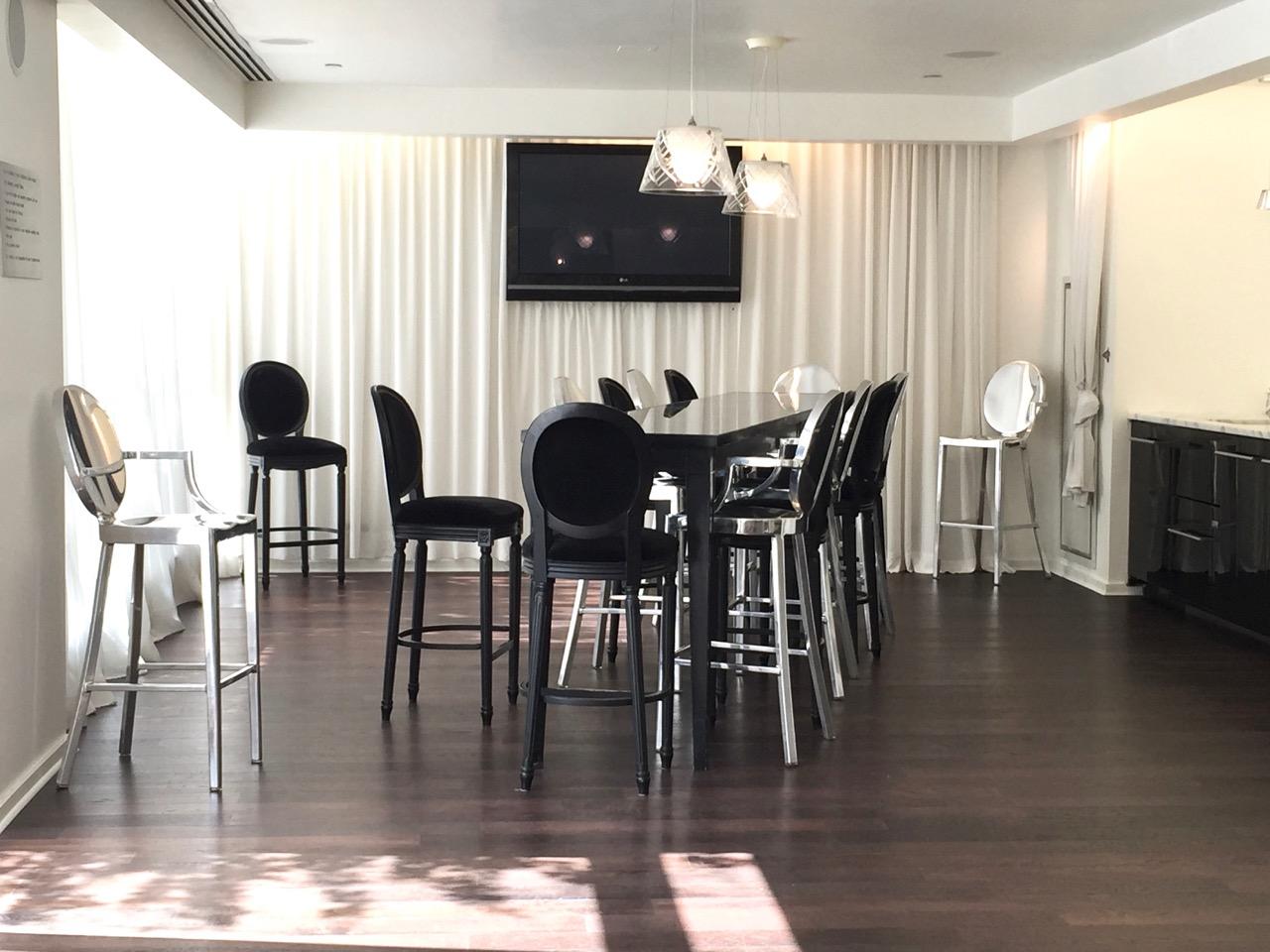 Gramercy Condo Lounge Dinning