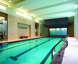 Rushmore Swimming Pool
