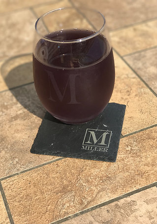 2 Stemless Wine Glasses & 2 Slate Coasters