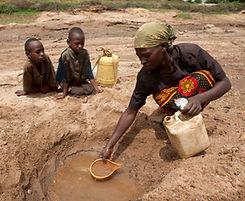 rs9616_water eamli, kenya.jpg