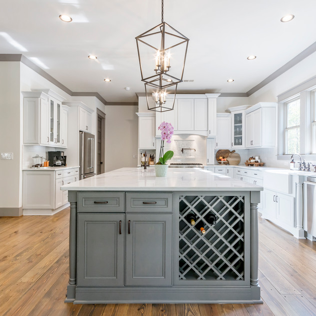 170 Vaughn Ct - Kitchen 3.jpg