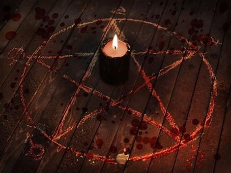 Il potere del pentacolo all'interno del cerchio magico.