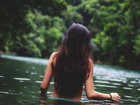 L'acqua: elemento vitale in magia.