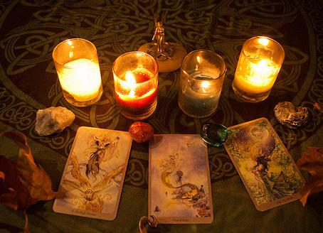 Utilizzare i Tarocchi come chiavi per la propria crescita spirituale.