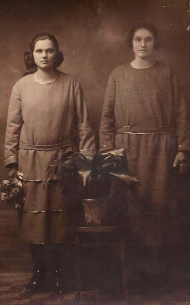 Sus dos mamás Ángela y María