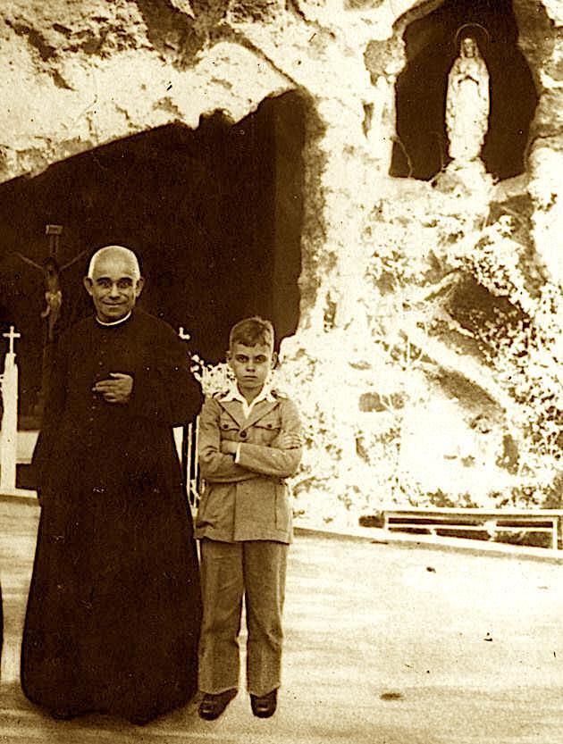 San Luis Orione y la Virgen de Lourdes