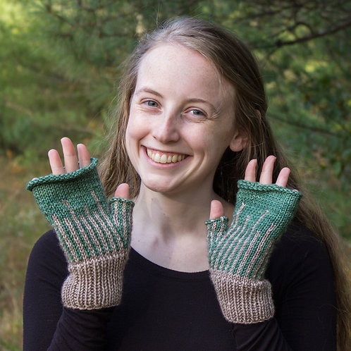 On the Farm Fingerless Mitts