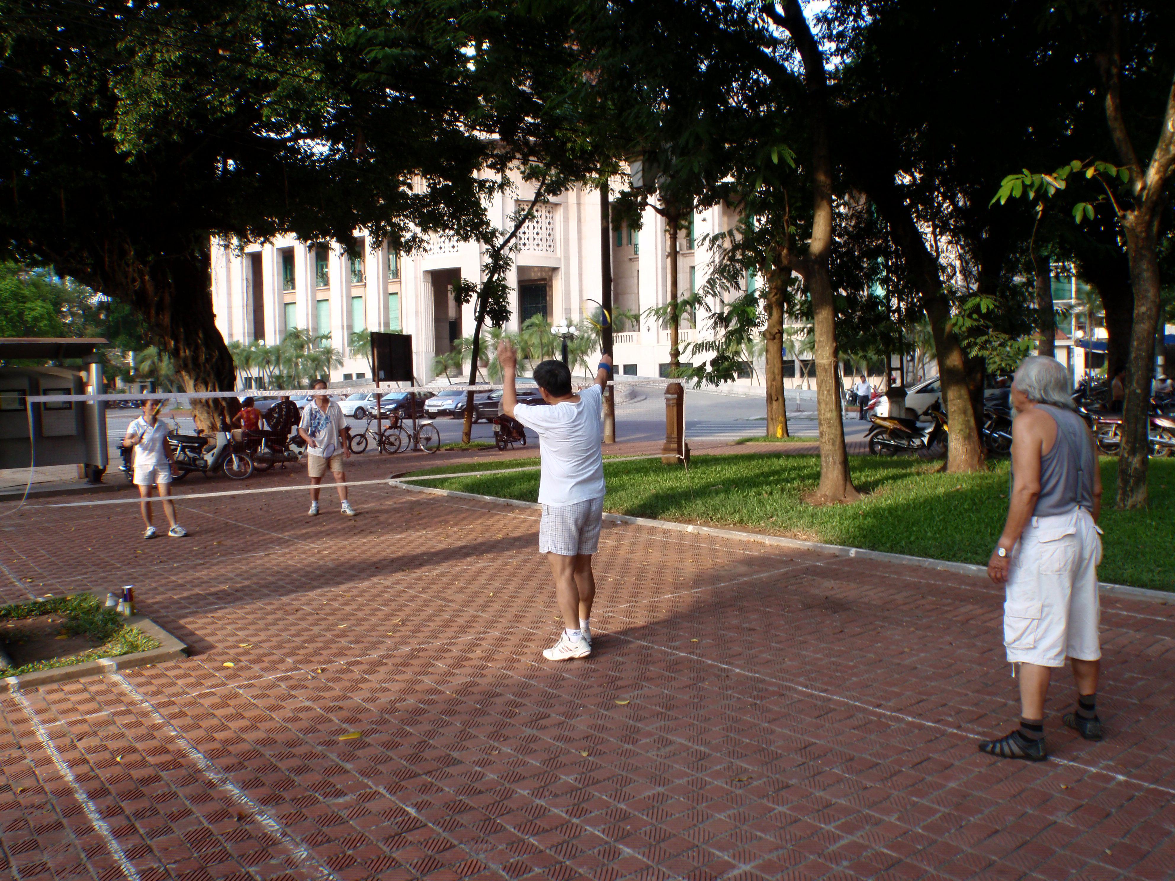 Hanoi badminton in the streets