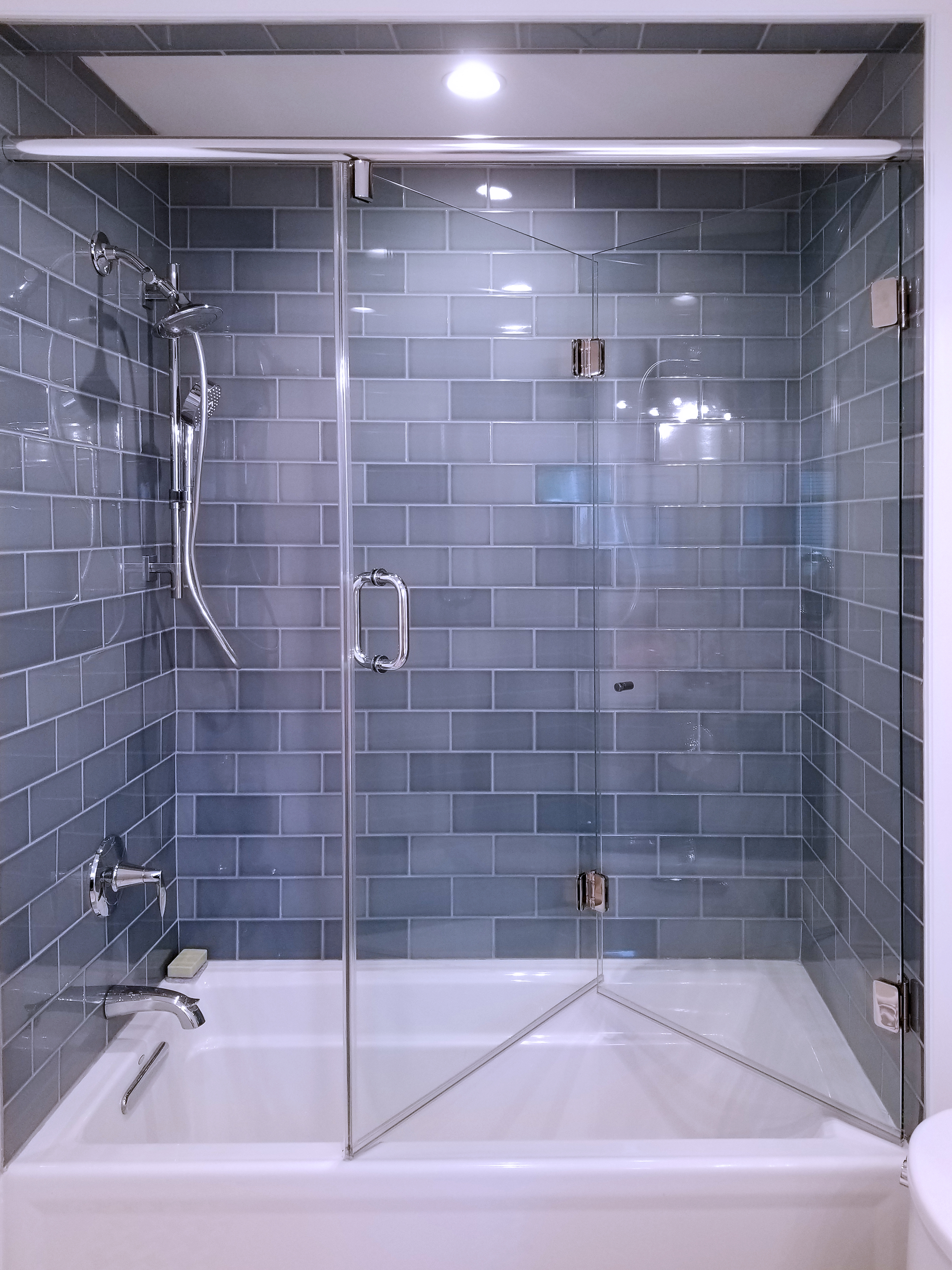 23 - Bi-fold shower door