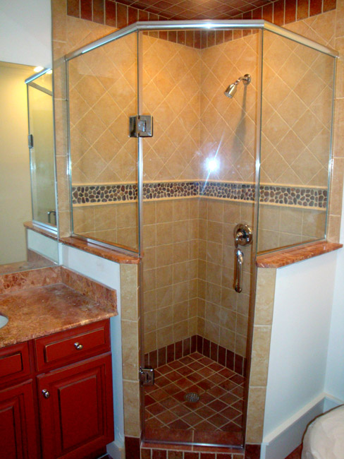 9 - Neo-angle frameless shower door