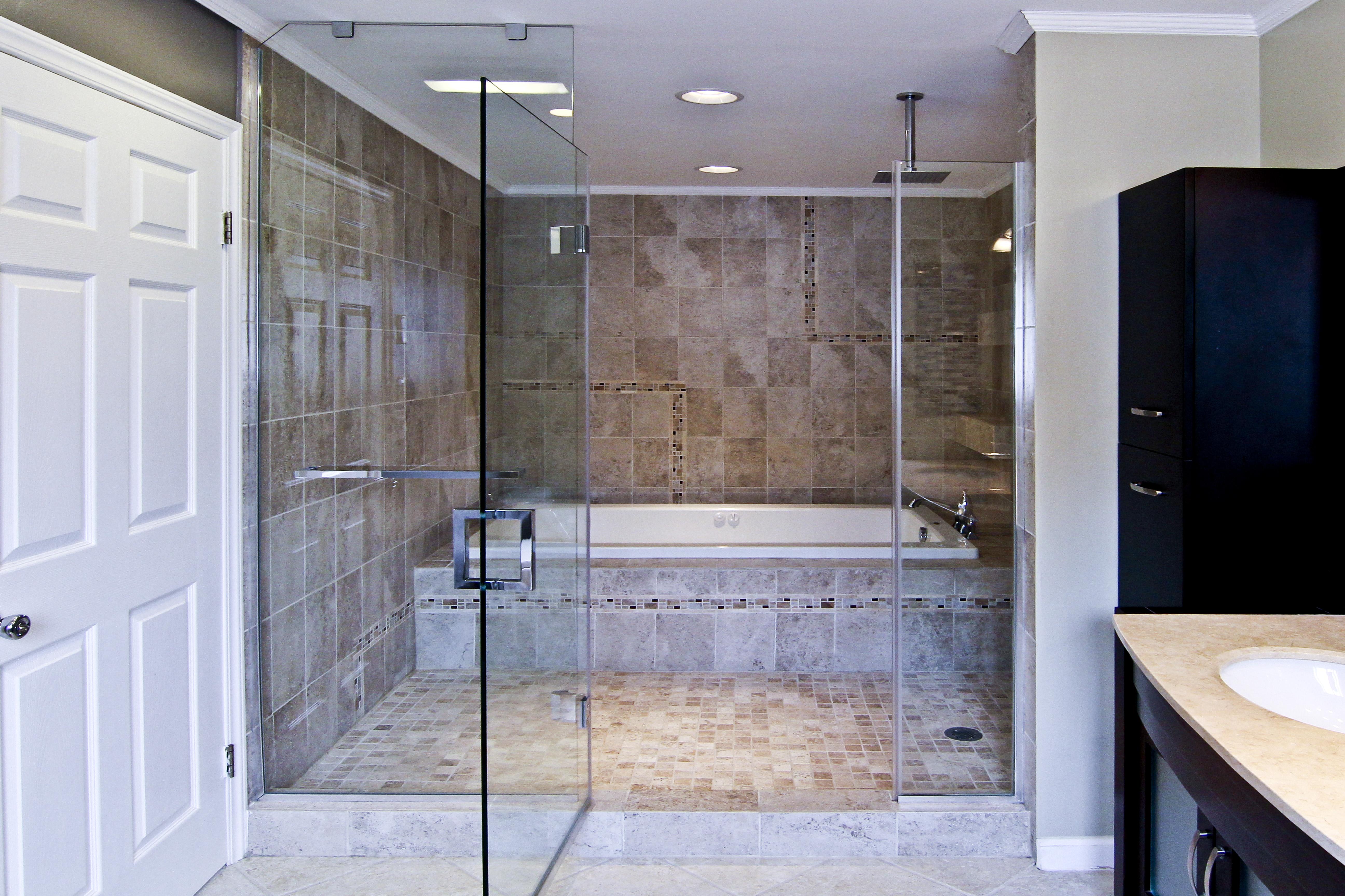 1- Frameless shower door