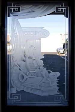 10 - Edged glass