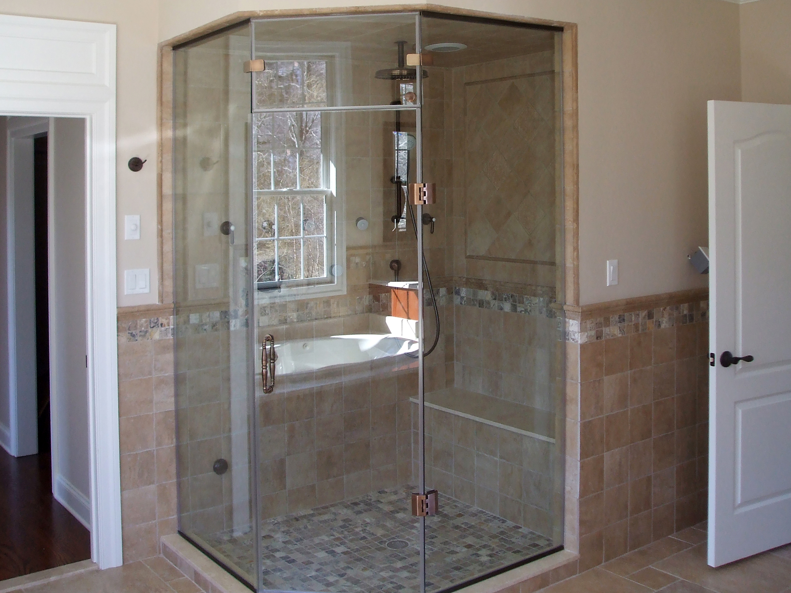 4 - Frameless steam door