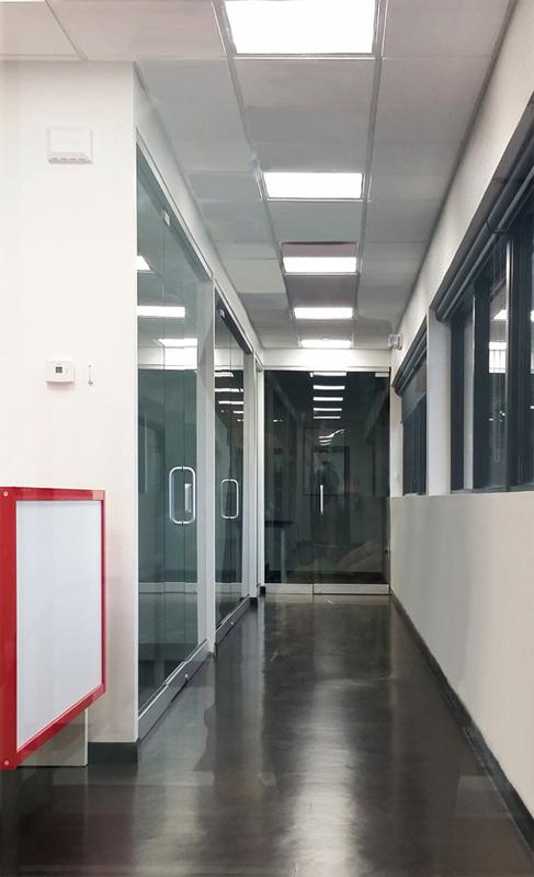 7 - Herculite door