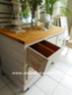 Meuble_d'atelier_à_tiroirs_patiné_Atelie