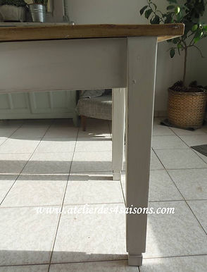 Table de ferme vintage patinée gris perl