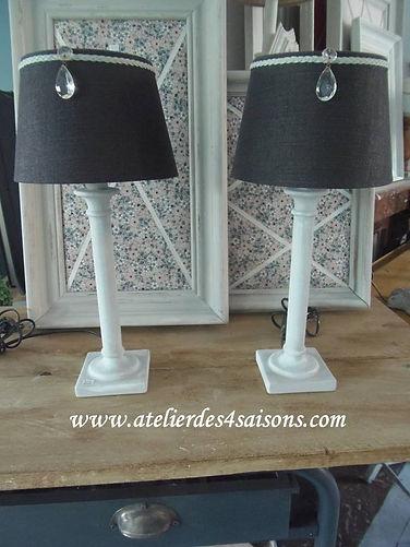 Lampes patinées gris perle blanc poudré
