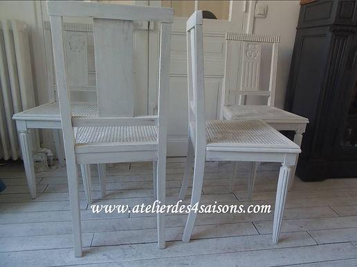 Chaises Art Déco patinées gris perle Ate