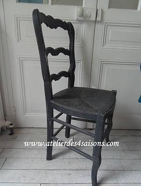 Chaise_campagne_patinée_gris_ardoise_At