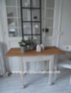 Table_,_bureau_vintage__patiné_gris_perl